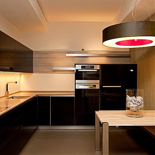warendorf musterk che ausstellungsk che ausstellungsk che in frankfurt von k chenplan. Black Bedroom Furniture Sets. Home Design Ideas