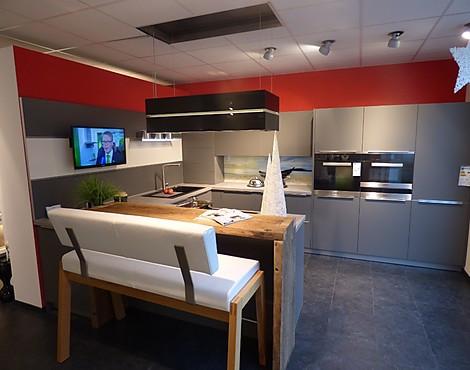 Wohnliche moderne einbauküche av 2035 lavagrau mattlack