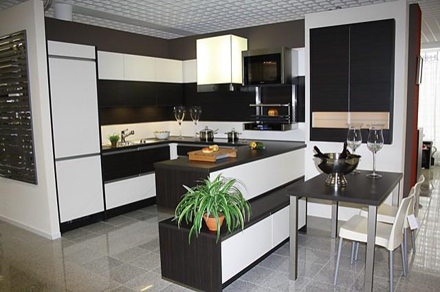 nobilia musterk che modern und wohnlich ausstellungsk che in marl von k chentreff marl. Black Bedroom Furniture Sets. Home Design Ideas