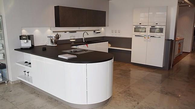 inpura musterk che grifflose designer k che in wei hochglanz lack ausstellungsk che in. Black Bedroom Furniture Sets. Home Design Ideas