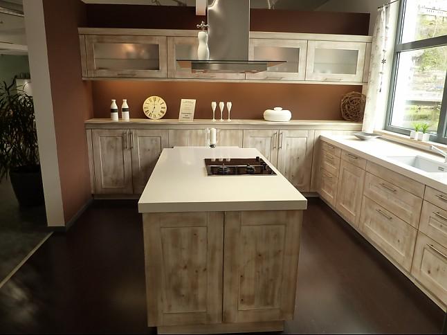 rempp-musterküche l-küche und inselblock: ausstellungsküche in