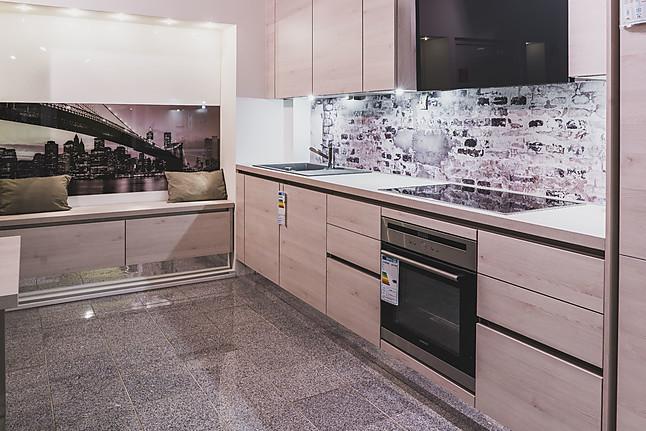nobilia musterk che funktionelles design trifft qualit t ausstellungsk che in wiesbaden von. Black Bedroom Furniture Sets. Home Design Ideas