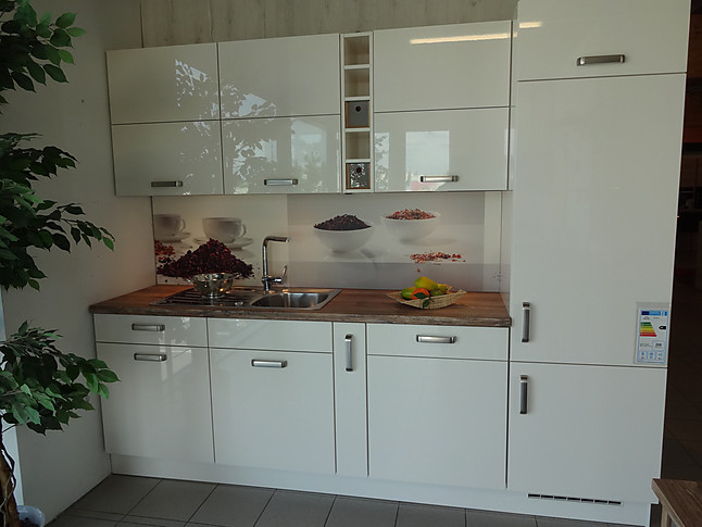 nobilia musterk che nobilia 2 zeilen k che mit toller. Black Bedroom Furniture Sets. Home Design Ideas