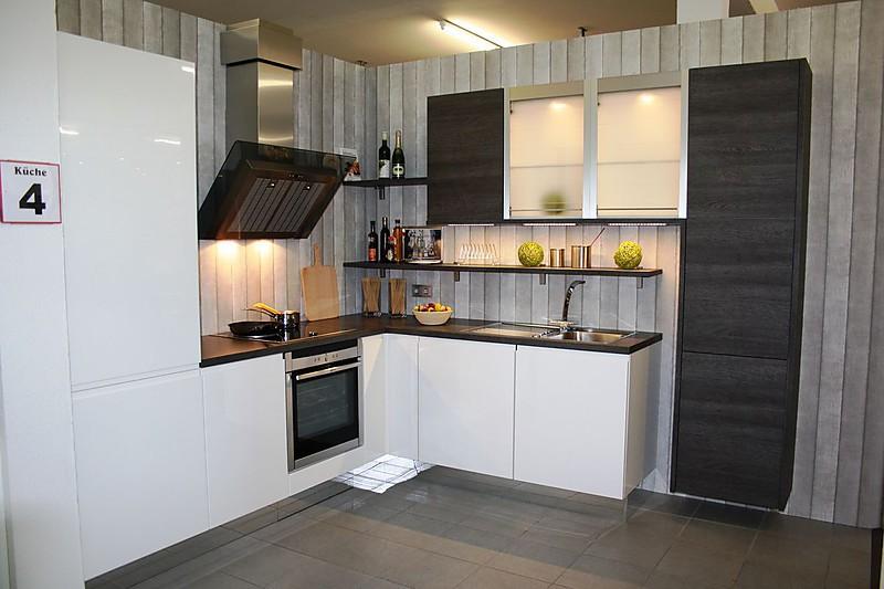 nobilia musterk che hochglanz lack weiss eiche basalt ausstellungsk che in weissach im tal von. Black Bedroom Furniture Sets. Home Design Ideas