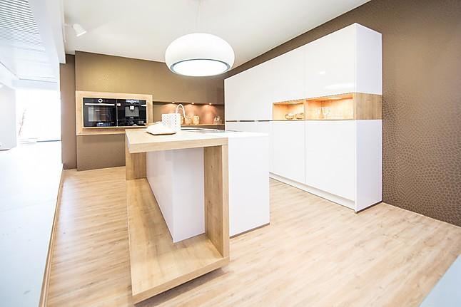 nolte musterk che nolte nova lack arcticwei hochglanz. Black Bedroom Furniture Sets. Home Design Ideas