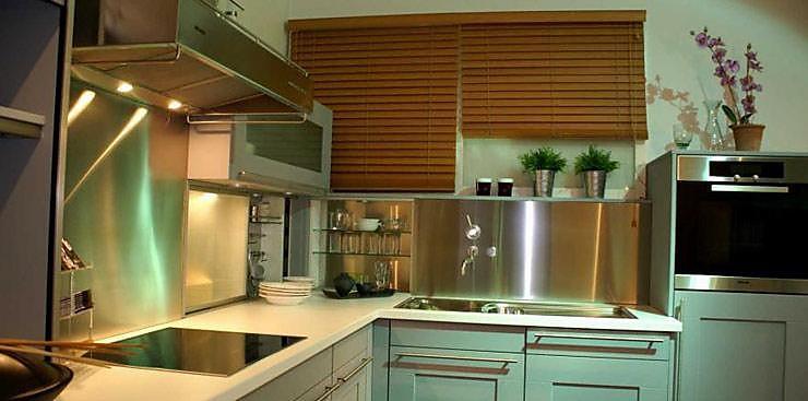 warendorf musterk che aus ausstellungsk chen abverkauf. Black Bedroom Furniture Sets. Home Design Ideas