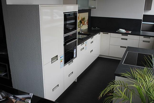 systhema musterk che und abgesenktem kochfeld. Black Bedroom Furniture Sets. Home Design Ideas