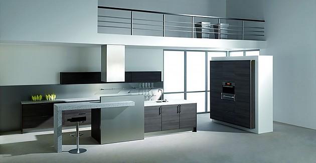 inselk che und hochschr nke in laminat eiche grau mit arbeitsplatte und esstheke aus granit. Black Bedroom Furniture Sets. Home Design Ideas