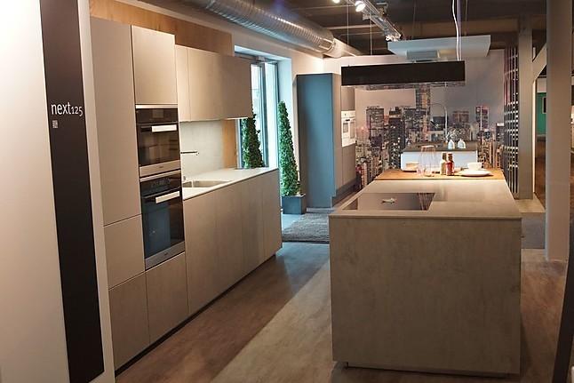 next125 musterk che nx 950 luxus pur ausstellungsk che in. Black Bedroom Furniture Sets. Home Design Ideas
