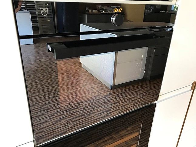 backofen combair xslp backofen mit pyrolyse und vollfarbigem display f r die nischenh he von. Black Bedroom Furniture Sets. Home Design Ideas