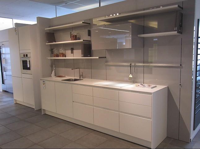 siematic musterk che eleganz und leichtigkeit ausstellungsk che in von. Black Bedroom Furniture Sets. Home Design Ideas