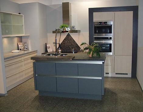 musterk chen neueste ausstellungsk chen und musterk chen seite 124. Black Bedroom Furniture Sets. Home Design Ideas