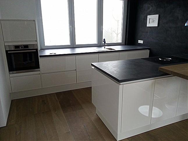nobilia hochschrank best eur with nobilia hochschrank latest flash with nobilia hochschrank. Black Bedroom Furniture Sets. Home Design Ideas