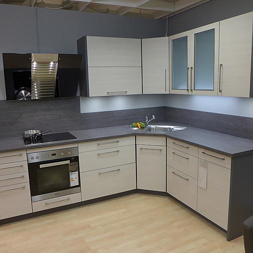 Schmidt Küchen   Front: Ivory Pine / Kopus: Lava, Incl. Arbeitsplatte,  Spüle Und Armatur   Preis Ohne E Geräte   Moderne Eckküche Für Kleine Räume