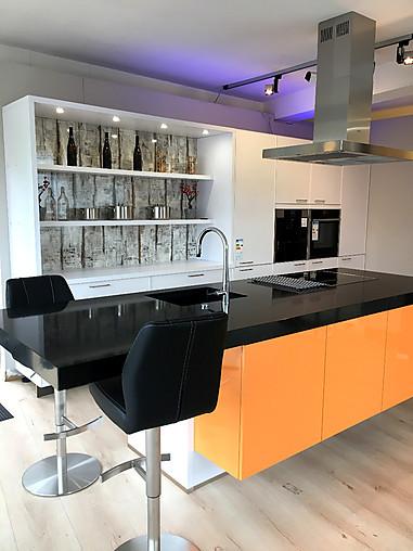 Omt Küchen bauformat musterküche küche mit kochinsel ausstellungsküche in