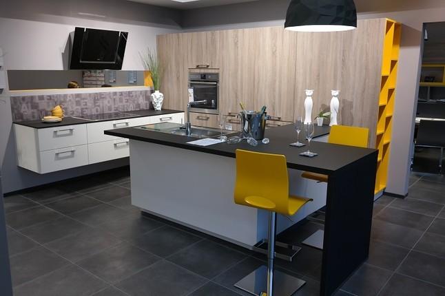 schmidt k chen musterk che arcos ausstellungsk che in mannheim von schmidt k chen mannheim. Black Bedroom Furniture Sets. Home Design Ideas