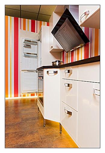 backofen lack m bel design idee f r sie. Black Bedroom Furniture Sets. Home Design Ideas