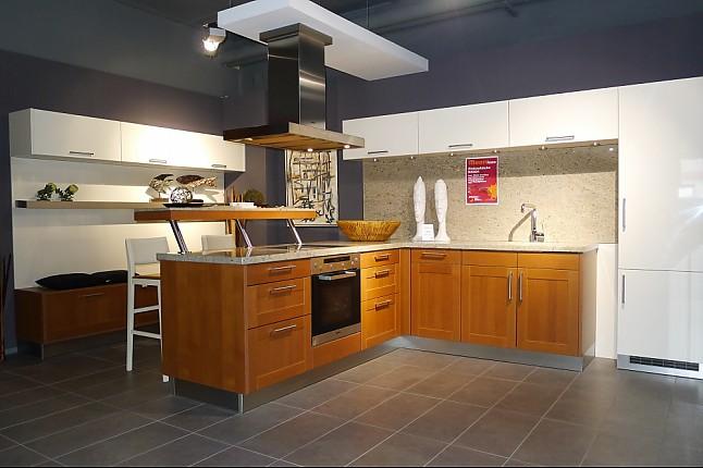 next125 musterk che elegante einbauk che mit insel. Black Bedroom Furniture Sets. Home Design Ideas