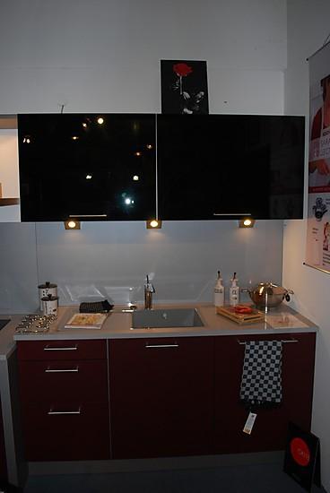 nieburg musterk che ausstellungsk chen abverkauf. Black Bedroom Furniture Sets. Home Design Ideas