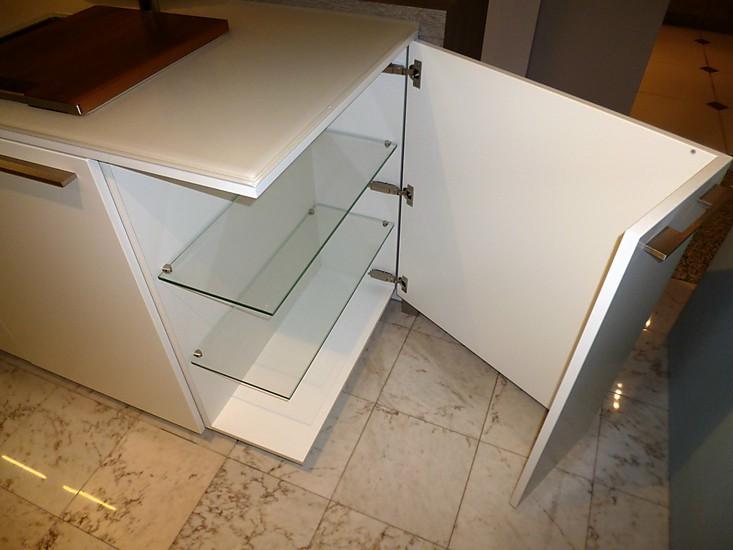 leicht musterk che leicht ausstellungsk che ausstellungsk che in bergisch gladbach von cron. Black Bedroom Furniture Sets. Home Design Ideas