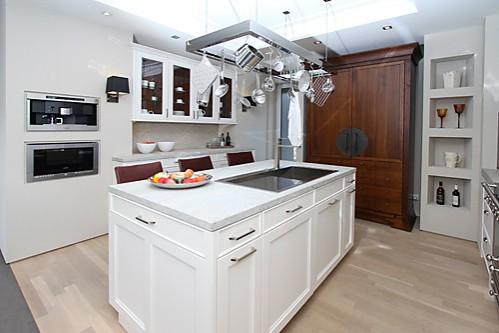 Siematic musterkuche moderne landhauskuche for Musterküche