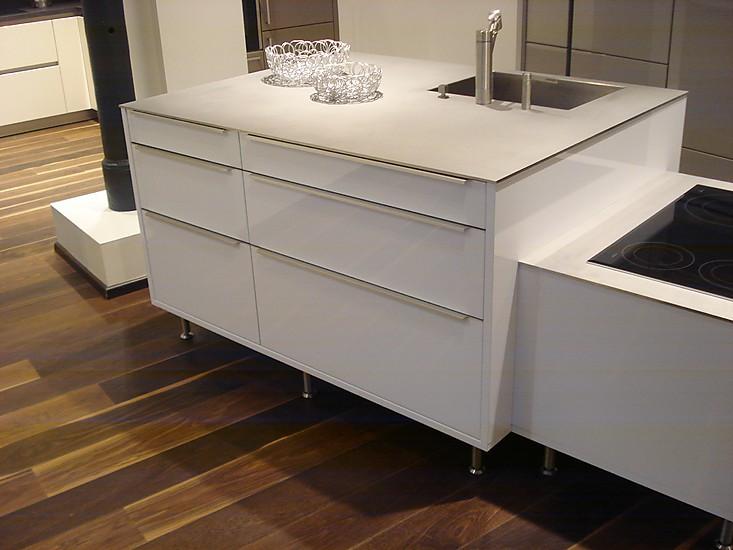 next125 musterk che next 125 ausstellungsk che in castrop rauxel von kktg k chenkonzepte. Black Bedroom Furniture Sets. Home Design Ideas