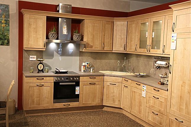 elementa musterk che landhausk che in l form ausstellungsk che in von. Black Bedroom Furniture Sets. Home Design Ideas