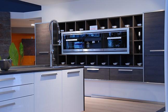Nolte-Musterküche Moderne Inselküche: Ausstellungsküche in Simmern ...