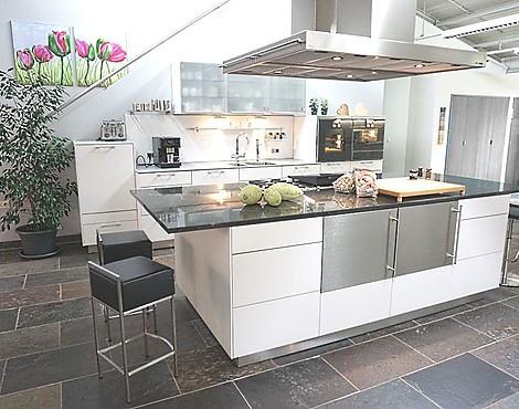 musterk chen neueste ausstellungsk chen und musterk chen seite 11. Black Bedroom Furniture Sets. Home Design Ideas