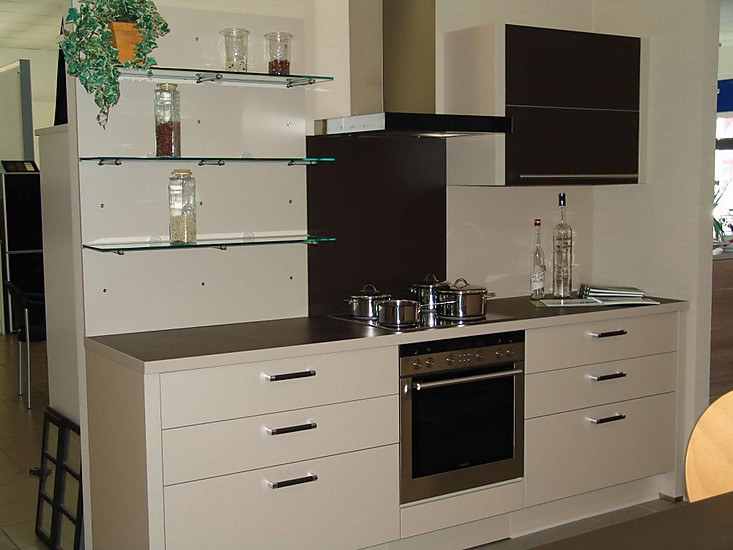 nobilia musterk che musterk che abverkauf ausstellungsk che in schlo holte stukenbrock von a. Black Bedroom Furniture Sets. Home Design Ideas