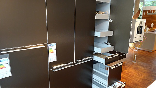 bulthaup musterk che bulthaup b3 laminat alpinweiss gro e kochinsel monoblock ausstellungsk che. Black Bedroom Furniture Sets. Home Design Ideas