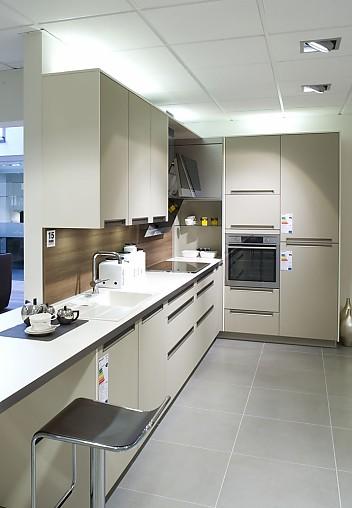 Plana küchen  PLANA-Musterküche Musterküchen - Angebot: Ausstellungsküche in ...