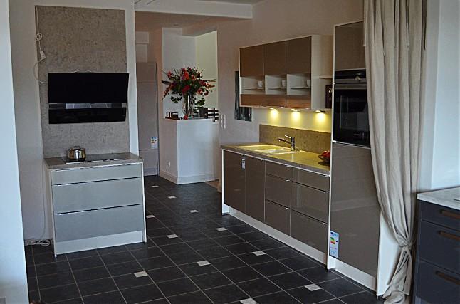nobilia musterk che nobilia xeno sandbeige metallic ausstellungsk che in elsfleth von k chen. Black Bedroom Furniture Sets. Home Design Ideas