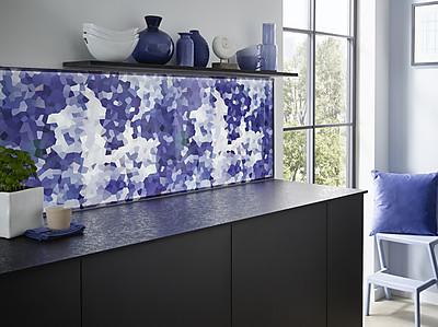 Switchy: beleuchtete und tauschbare Glasrückwand