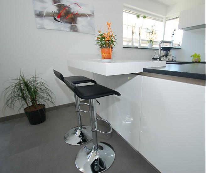 Grifflose Küche, Steinplatte Bora Classic
