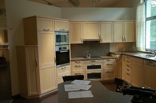 rempp musterk che g k che und ansetztisch in hoher arbeitsh he ausstellungsk che in wildberg. Black Bedroom Furniture Sets. Home Design Ideas