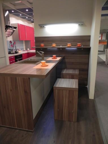 Nolte   Style S 11 (Matrix 150) Ca.3200mm Herdzeile Moderne Küche Mit  Perlmutfront,Spül Insellösung Ca.1900mm