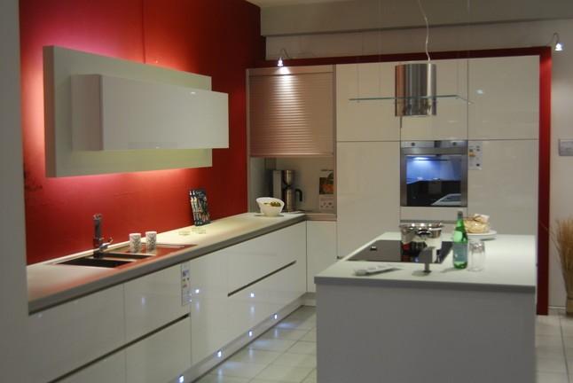 Rolladenschrank kuche weiss for Ikea kuchen zubehor