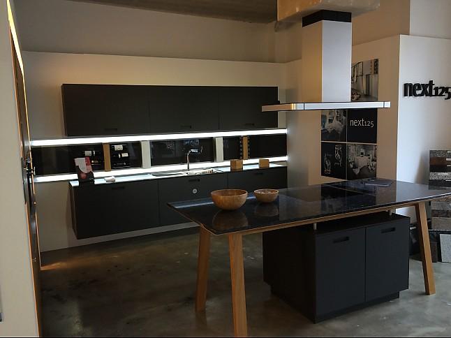 Next125 Musterkuche Schuller Next 125 Ausstellungskuche In