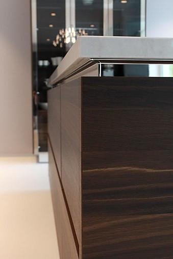 siematic musterk che so brechen sie die stilregeln auf elegante art ausstellungsk che in. Black Bedroom Furniture Sets. Home Design Ideas