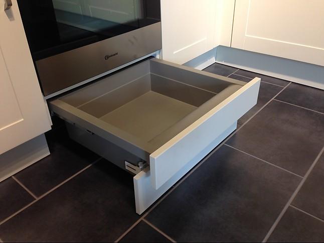 h cker musterk che l k che mit bauknecht ger ten und 40 cm. Black Bedroom Furniture Sets. Home Design Ideas