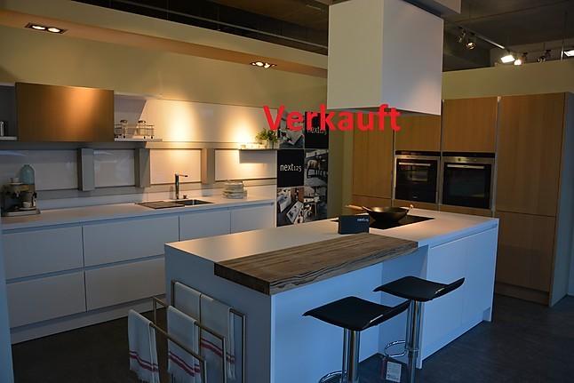 next125 musterk che next 125 polariswei eiche ausstellungsk che in bruchsal von friedrich gmbh. Black Bedroom Furniture Sets. Home Design Ideas