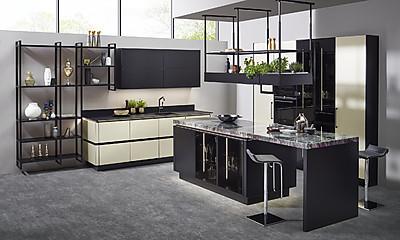 Steel Messing - Küche mit Fronten in Edelstahl-Optik