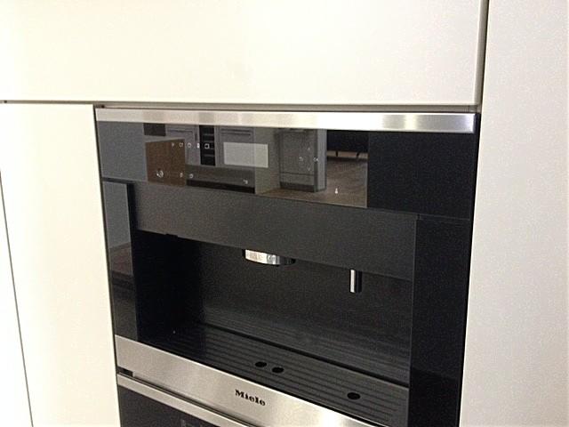 kaffeevollautomaten cva 6401 ed miele kaffeemaschine ausstellungsger t miele k chenger t von. Black Bedroom Furniture Sets. Home Design Ideas