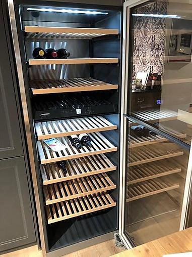 weink hlschrank vinidor wtes 5972 211 flaschen weink hlschrank weink hlschrank liebherr. Black Bedroom Furniture Sets. Home Design Ideas