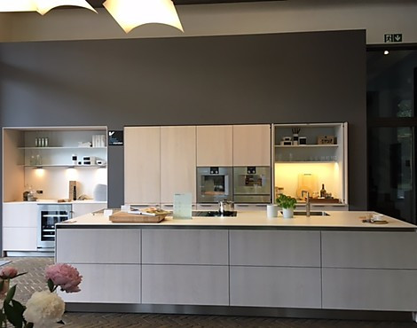 musterk chen von bulthaup angebots bersicht g nstiger ausstellungsk chen. Black Bedroom Furniture Sets. Home Design Ideas