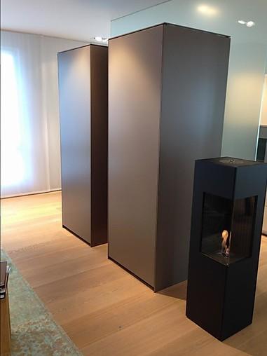 bulthaup musterk che zwei ger te schr nke mit drehschiebet r ausstellungsk che in bremen von. Black Bedroom Furniture Sets. Home Design Ideas