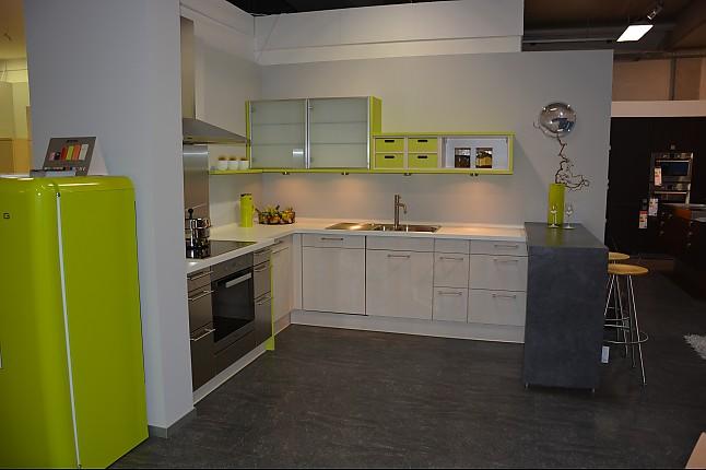next125 musterk che sch ller next creativ ausstellungsk che in bruchsal von friedrich gmbh. Black Bedroom Furniture Sets. Home Design Ideas
