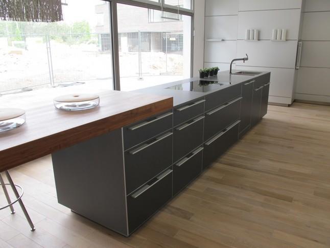 bulthaup musterk che k chenzeile ausstellungsk che in heilbronn von bulthaup heilbronn. Black Bedroom Furniture Sets. Home Design Ideas
