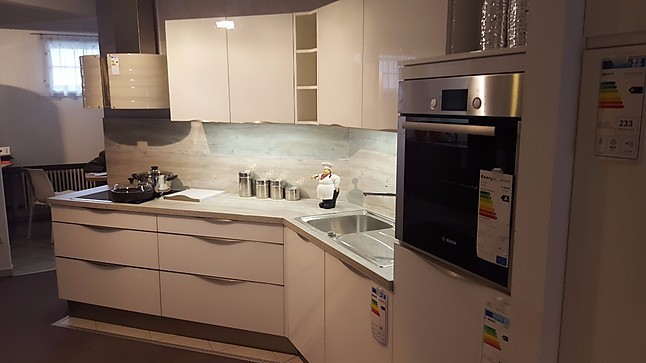 wellmann musterk che kleine k che abgeschr gt. Black Bedroom Furniture Sets. Home Design Ideas